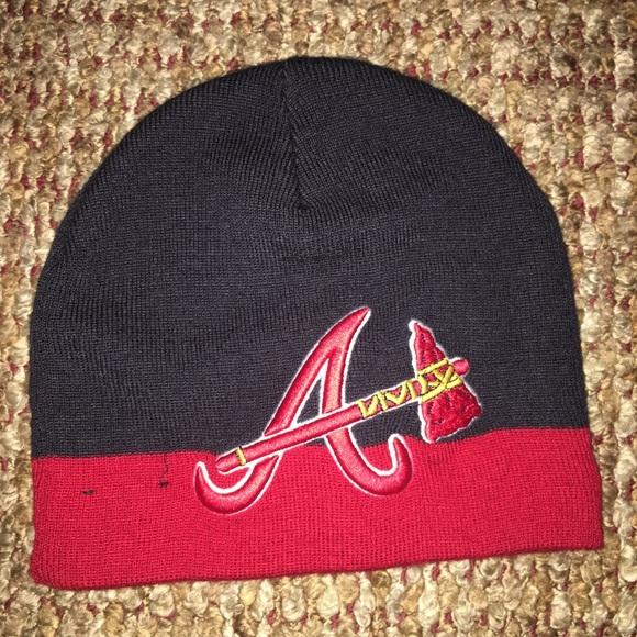 2e93719470e New Era Atlanta Braves big logo beanie. M 5be5fb7934a4ef165b628f09